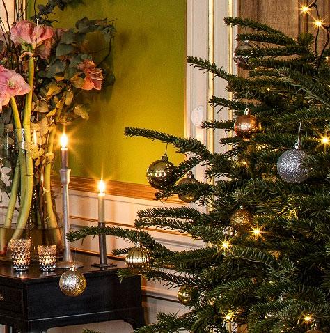 julgran med ljus