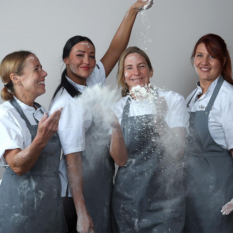 fyra mjöliga bagare